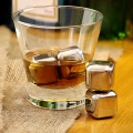 Whiskey Stones set de 4 buc - Inox